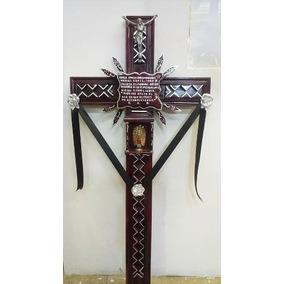 Cruces De Pino Para Difunto Letra De Golpe, Estola Y Flores