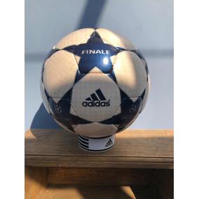 Balón De La Champions League Final Usado en Mercado Libre México d0e25090c1d90