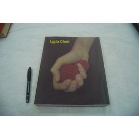 O Livro Mais Raro De Lygia Clark Fundação Tàpies/mac/serralv