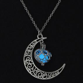 Colar Lua Nebulosa Brilha Luminoso No Escuro Azul