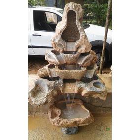 Fontes Cascatas Feitas Na Pedra Sabao