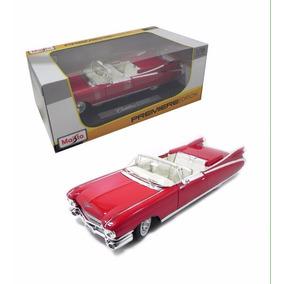 Cadillac Eldorado Biarritz 1959 Escala 1/18 Maisto Miniat