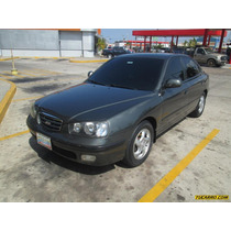 Hyundai Elantra Gls - Sincronico