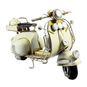 Scooter Bege Miniatura De Metal Ref:140 Vespa Lambreta