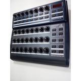 Controlador Midi Behringer Bcr2000