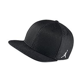 Nike Mens Jordan 3 Retro Snapback Hat Negro / Blanco