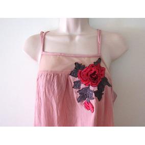 Vestido Rosa Con Flor Bordada Mediano