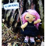 Amigurumi Ni Una Menos. Muñeca Tejida A Crochet. Artesanal