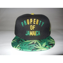 Gorra Property Of Jamaica. Rasta