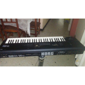Teclado Piano Korg 01w