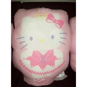 Hello Kitty Paca 60 Piezas $7900.00