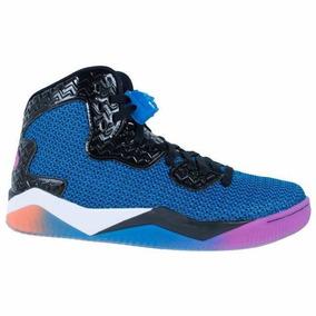 Jordan Spike Forty Sneaker