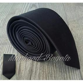 Corbatas - Negra Slim