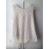 Blusa Color Crema Bordada. Talla M