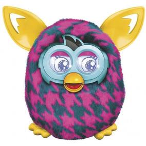 Boneco Furby Rosa