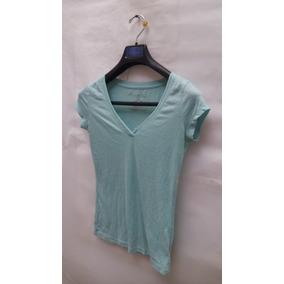 Blusa Cuello V, Color Azul Turquesa, Talla Xs