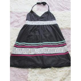 Vestido Negro A La Rodilla. Con Encajes De Colores. Talle L