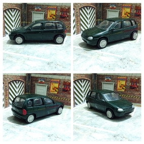 Chevrolet Corsa Hatch 4 Portas 1/43 Modeline