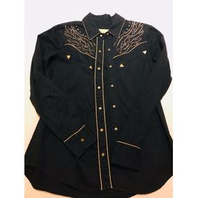 f87f9b711a7b7 Camisa Rapsodia Negra Con Detalles Dorados Y Plateados