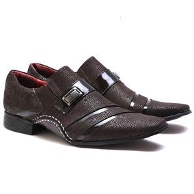 Sapato Social Calvest Em Couro Nobuck Vigo Verniz