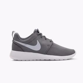 Zapatos Nike Roshe One Gris