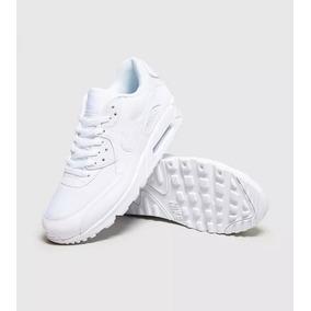 50b184d813a Tenis Nike Gel Tamanho 40 - Nike Air Max para Masculino no Mercado ...