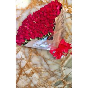 Ramos Rosas 200 Y Arreglos Florales