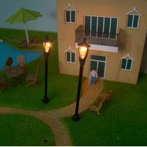 Poste De Jardim De Luz Iluminado Maquetes Escala 1:100 6,4cm