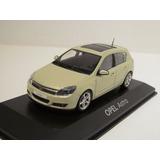 Opel Astra (chevrolet Vectra Gt) - Miniatura 1:43 Minichamps