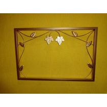 Moldura Em Ferro Sem Espelho 80cm X 50cm Folha Dourado