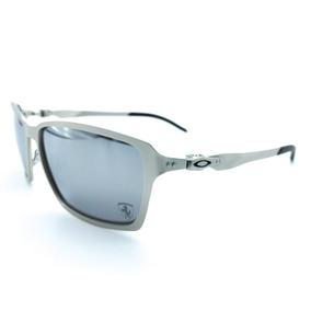 1aa42b85093 Jaqueta Ferrari Cinza - Óculos De Sol Oakley no Mercado Livre Brasil
