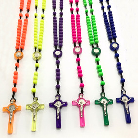 Terços Coloridos Com Medalhas Crucifixos São De Bento Grande