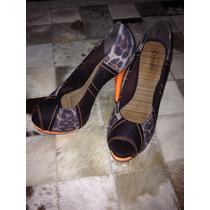 Sapato Laranja Neon Onça
