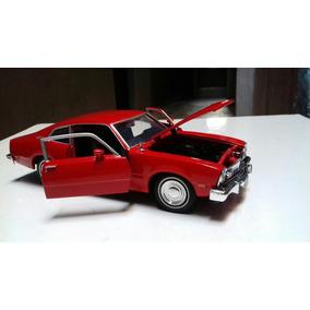 Miniaturas Ford Maverick 1974