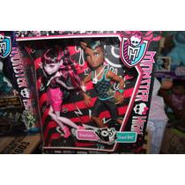 Monster High Draculaura Y Claw Wolf