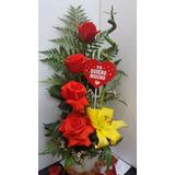 Arreglo Floral Rosas Rojas Naturales Con Caña De Bambu