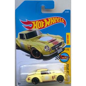 Fairlady 2000 Hot Wheels 2017 Legend Of Speed 22/365 1:64