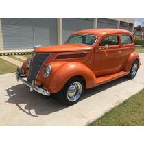 Ford 1937 Slantback V8