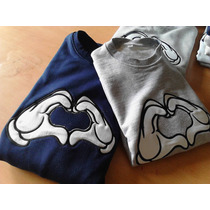 Sueteres Mickey Mouse Manos Sweaters