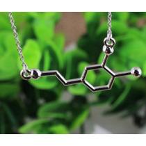 Colar Prateado Dopamina Molécula Química Felicidade