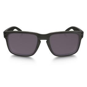 Óculos De Sol Oakley Holbrook Oo9102 Preto Madeirado Lente 24e149ae62
