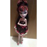 Monster High Draculaura 1600