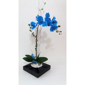 Arranjo De Orquídea Silicone Azul Com Vaso De Madeira Preta