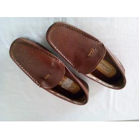 Zapatos Marca Clark Num 37 Color Marron. Para Caballeros.