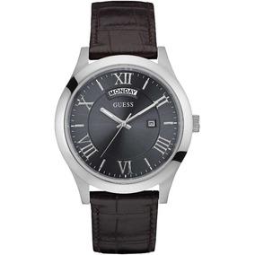 Reloj Guess W0792g5 Hombre Correa Cuero Día Y Fecha Nuevo! 72968ba1c59a