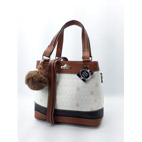 Bolsa Schutz Preta Estilo Saco - Bolsas Femininas Branco no Mercado ... 866037a64e0
