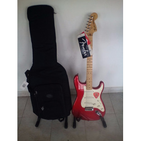Guitarra American Special Strat Apple Re