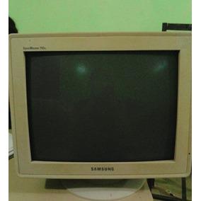 Monitor Cabezón Samsung 14