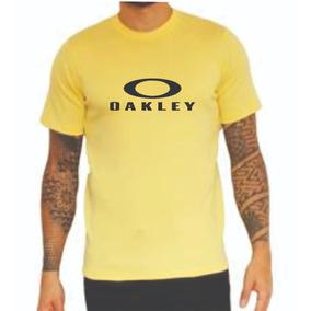 Trator Manduri Masculino Oakley - Camisetas e Blusas Manga Curta em ... 9b96d8abc8