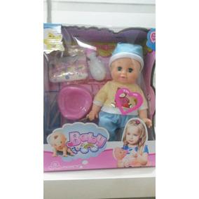 Muñeca Bebe En Pañales Con Sonidos Y Accesorios
